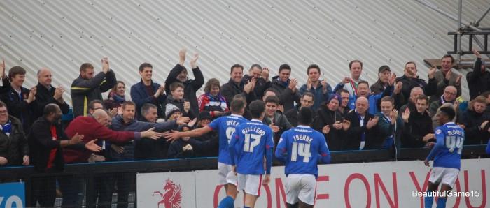 Welling United FC v Carlisle United FC 168
