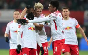RB Leipzig go second despite distracted Keita
