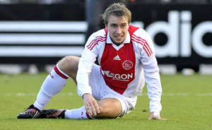 Ajax site says Christian Eriksen is signing for Liverpool. He's not.