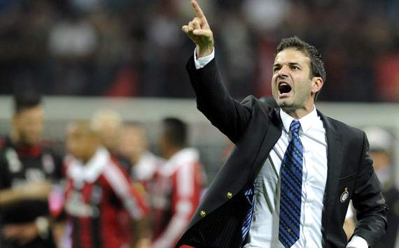 Andrea Stramaccioni embracing the shadow of Mourinho