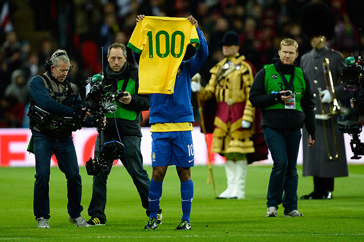 Ronaldinho 100th cap shirt