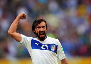 Pirlo and Suarez - Confederations Cup deadball delights