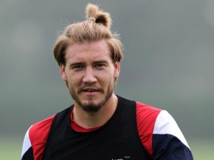 Arsenal's Bendtner harnessing his Ibrahimovic