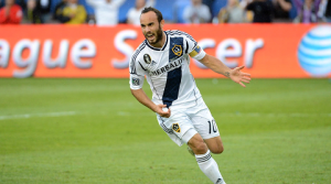 Landon Donovan ends rollercoaster week by claiming MLS goals record