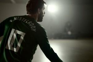 Video: Ruud Van Nistelrooy's target practice in the dark
