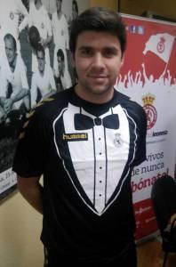 Cultural-Leonesa-Spanish-side-Tuxedo-Kit
