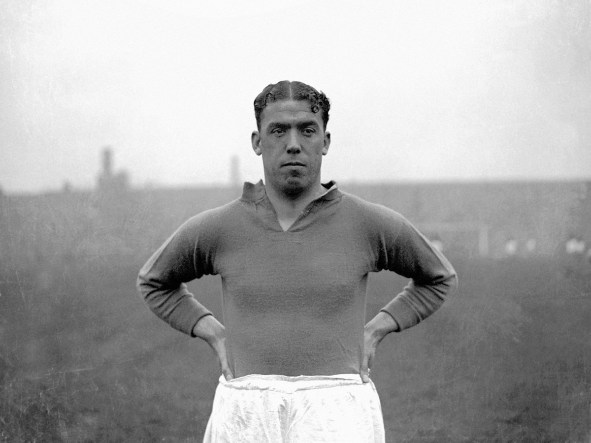 Dixie Dean The man who walked on water Back Page Football