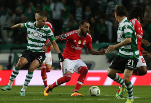 Reigning champions Benfica hold top spot in Portuguese title race