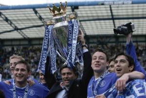 Jose Mourinho - From Bobby Robson's wingman to Premier League swingman