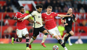Three players who could solve Manchester United's midfield problem